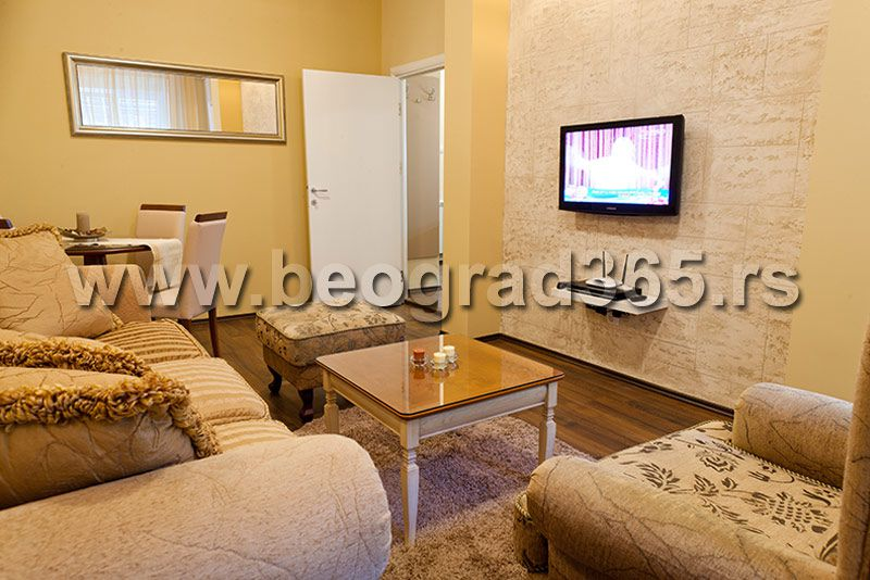 In the vicinity of Tasmajdan park and Slavija Square, this stylish apartment is equipped to provide modern and comfortable accommodation.